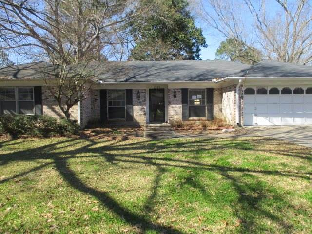 1209 Cliffdale Ln, Clinton, MS 39056 (MLS #328171) :: Mississippi United Realty