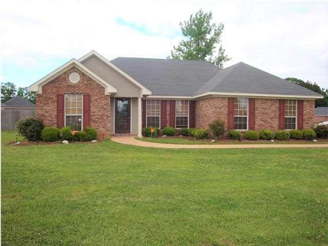 209 Terry Brook Dr, Terry, MS 39170 (MLS #330677) :: List For Less MS