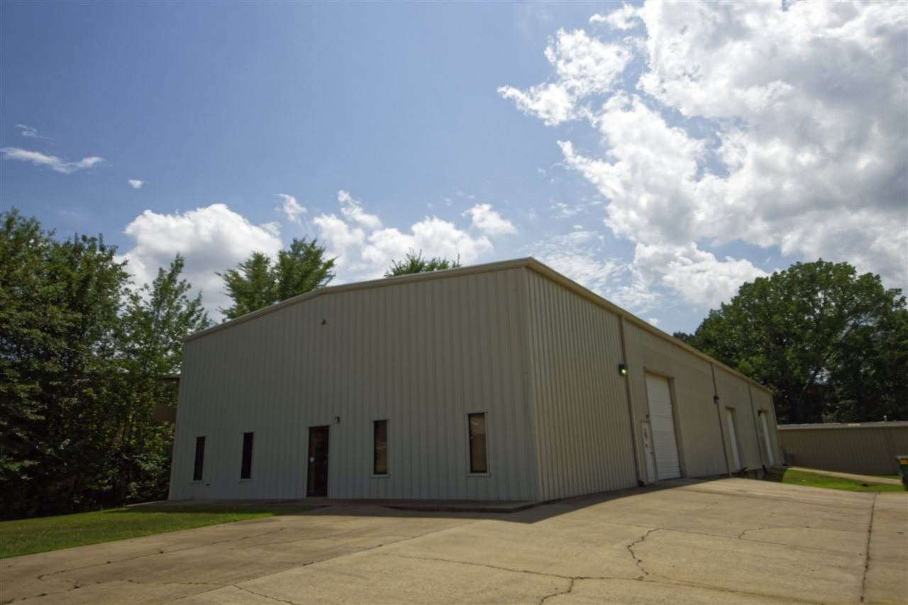 1201 Clinton Industrial Park Dr - Photo 1