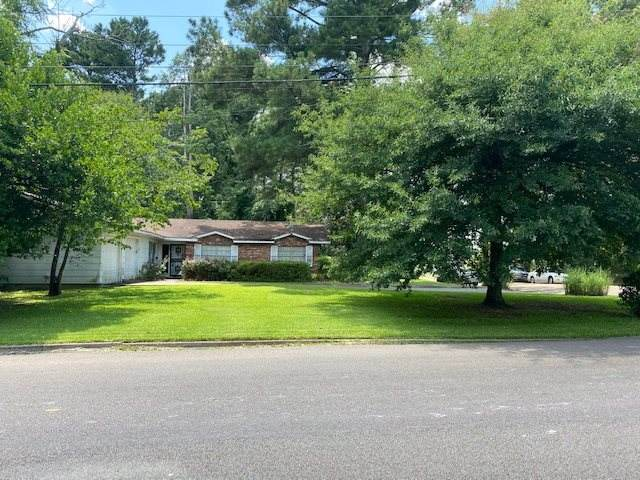 2005 Castle Hill Dr, Jackson, MS 39204 (MLS #332550) :: Exit Southern Realty