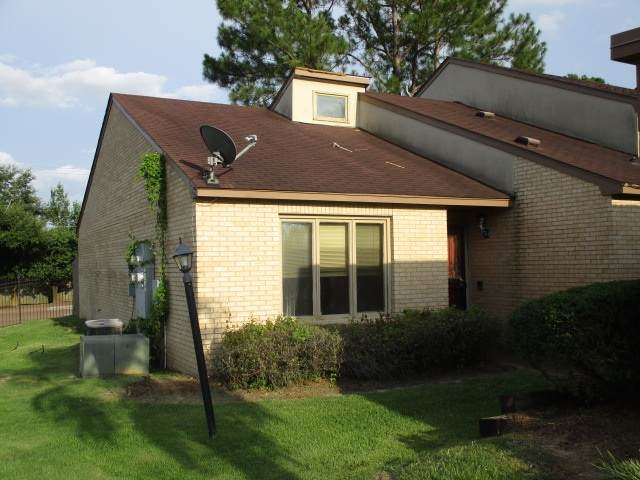 28 Park Crest Pl, Jackson, MS 39211 (MLS #332551) :: Exit Southern Realty