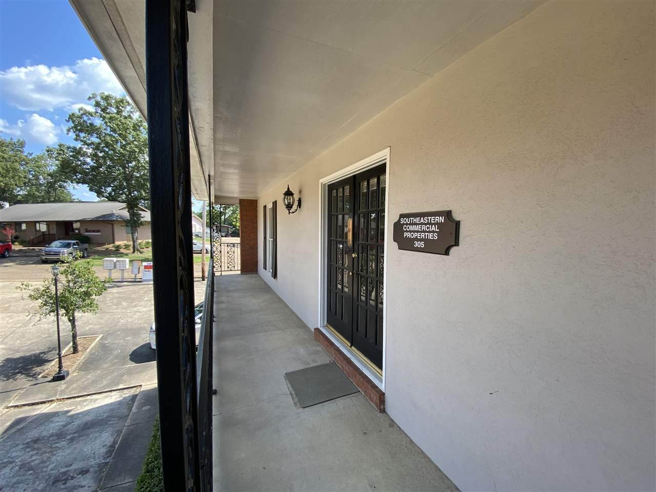 855 Pear Orchard Rd - Photo 1