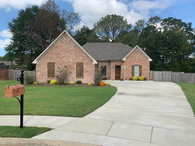49 Waterstone Way, Clinton, MS 39056 (MLS #334427) :: Mississippi United Realty
