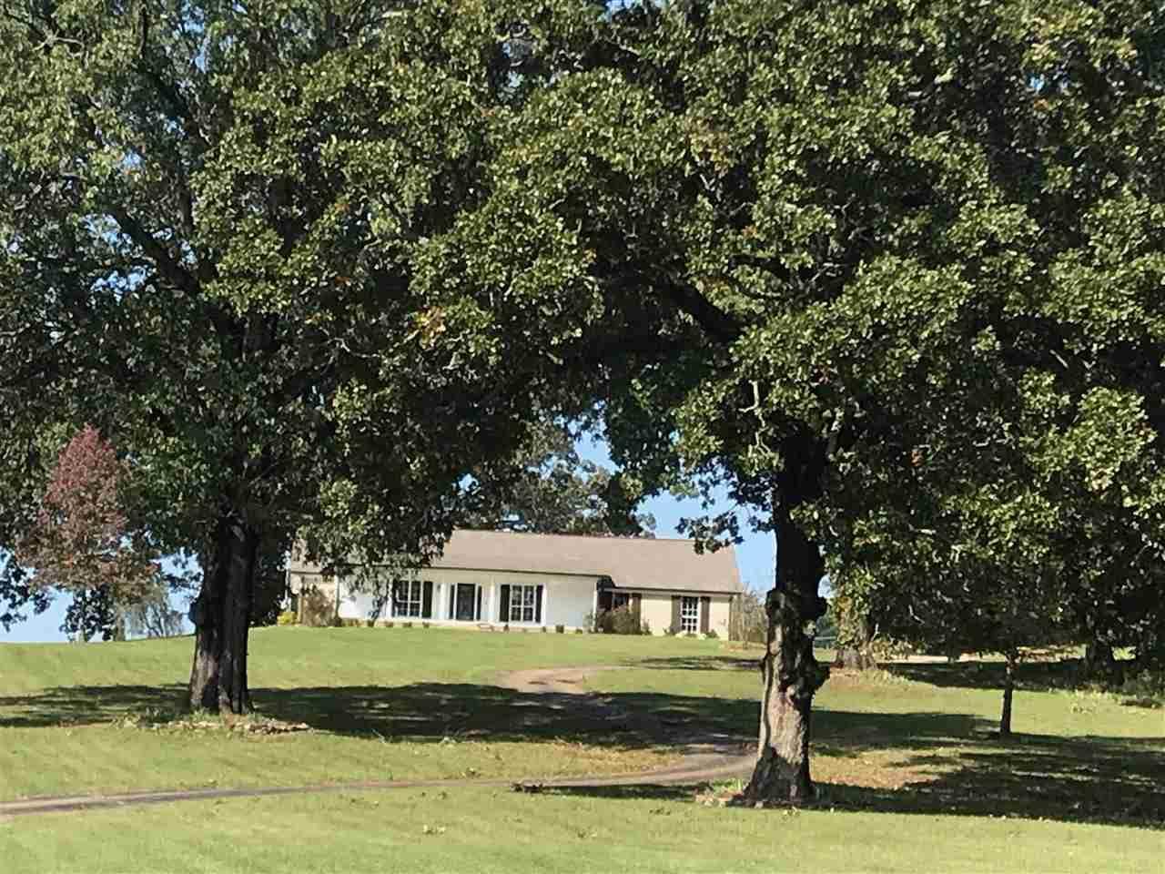 145 Oakdale Rd - Photo 1