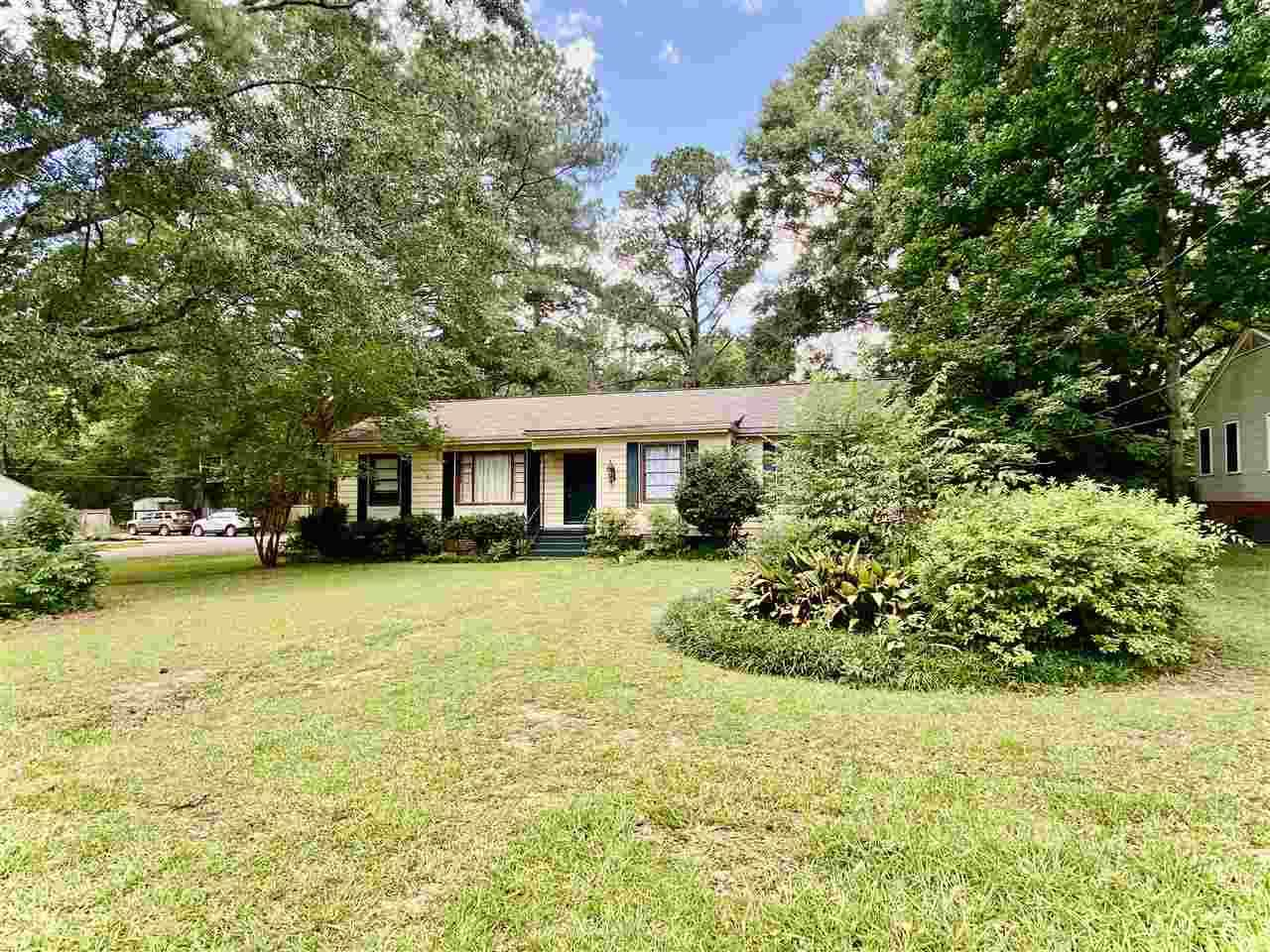 704 Meadowbrook Rd - Photo 1