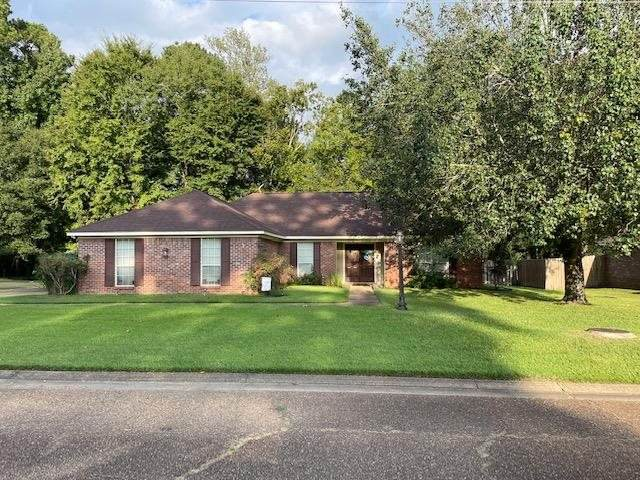 925 Mountain Crest Dr, Byram, MS 39272 (MLS #344141) :: eXp Realty