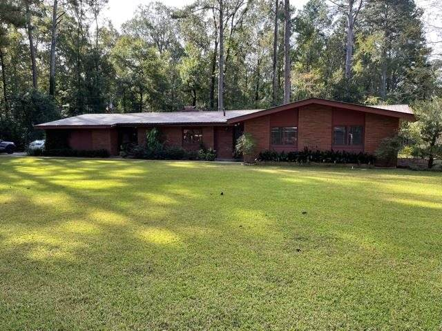 1335 E First St, Forest, MS 39074 (MLS #345084) :: eXp Realty