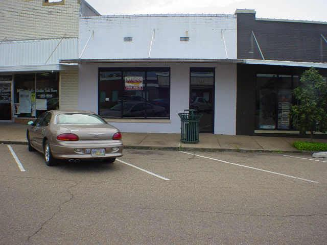 124 Main Ave - Photo 1