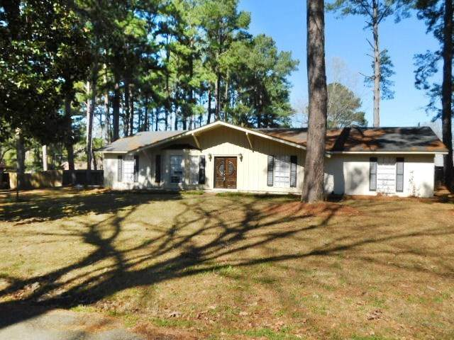 1838 Northwood Cir, Jackson, MS 39213 (MLS #322615) :: List For Less MS