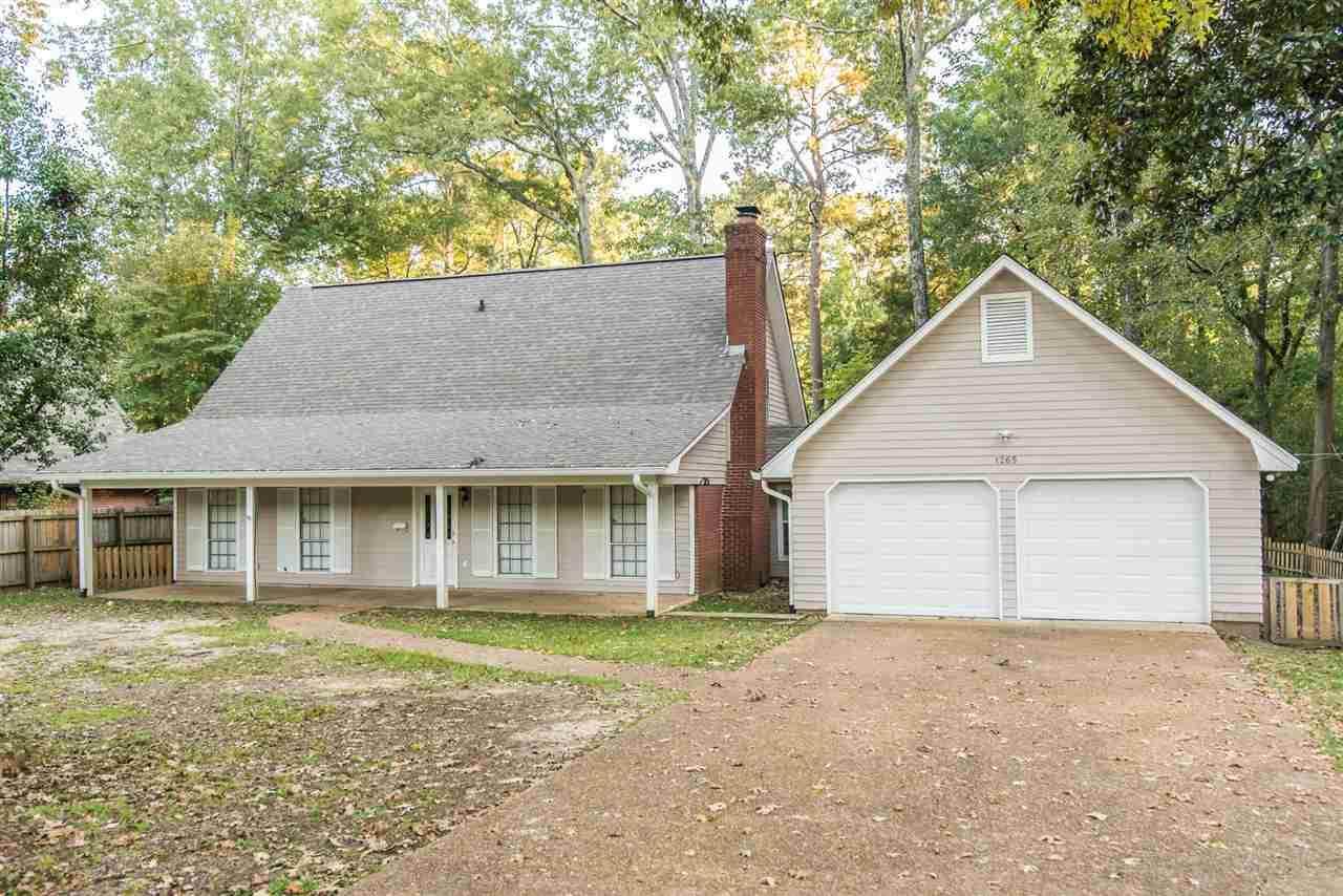 1265 Auburn Dr - Photo 1