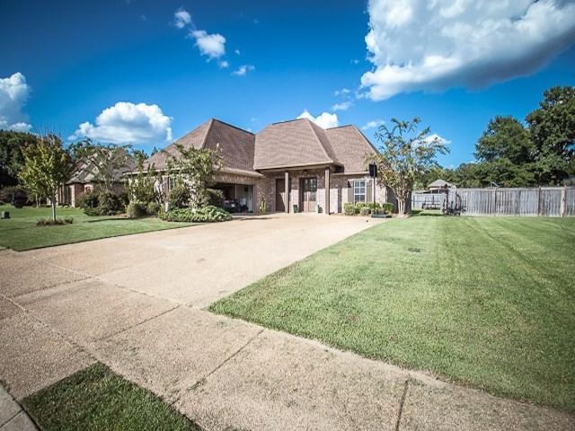 624 Brookfield Pl, Florence, MS 39073 (MLS #311177) :: RE/MAX Alliance