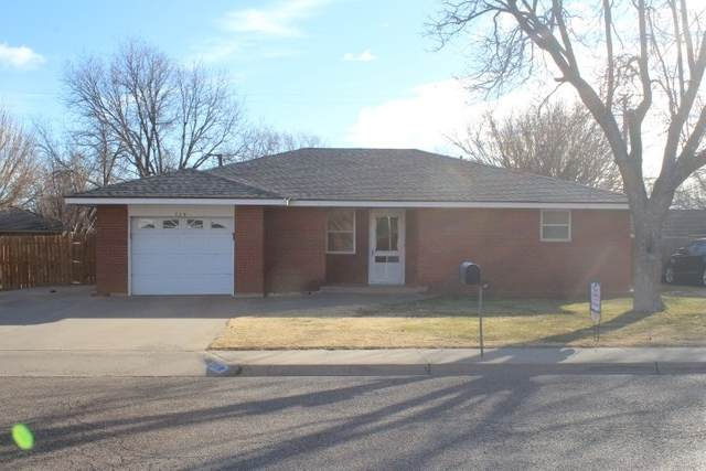 226 Aspen, Hereford, TX 79045 (MLS #202195) :: Triangle Real Estate
