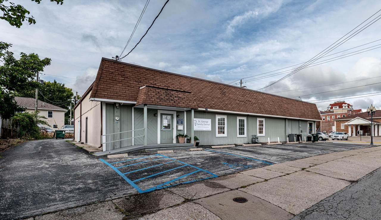 603-605 Nichols Street - Photo 1