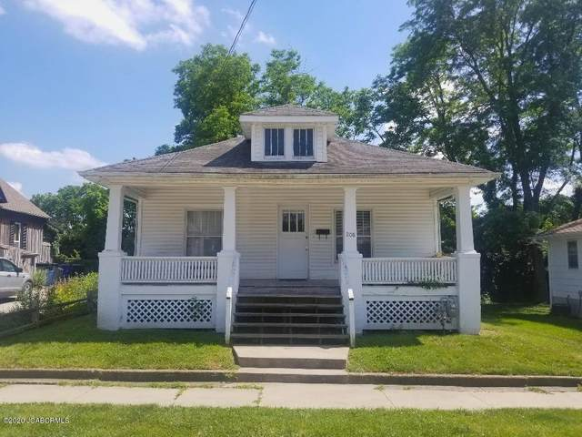 208 W 5TH Street, Fulton, MO  (MLS #10058313) :: Columbia Real Estate