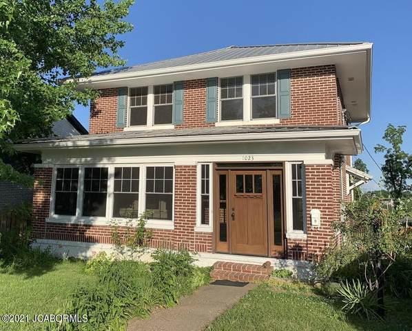 1023 Adams Street, Jefferson City, MO  (MLS #10060828) :: Columbia Real Estate