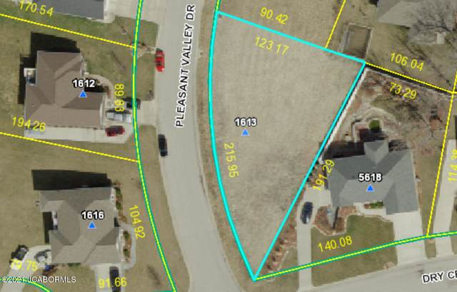 1613 Pleasant Valley Drive, Jefferson City, MO 65109 (MLS #10059921) :: Columbia Real Estate