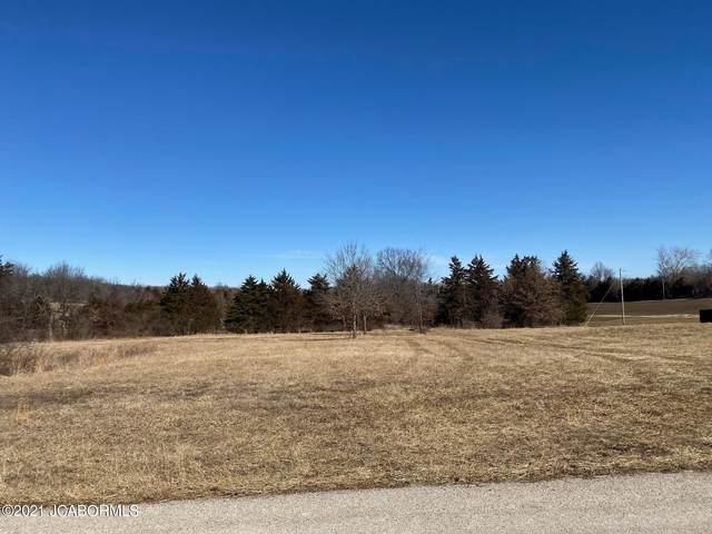 604 Whispering Cedars Lane, Jefferson City, MO 65101 (MLS #10059999) :: Columbia Real Estate