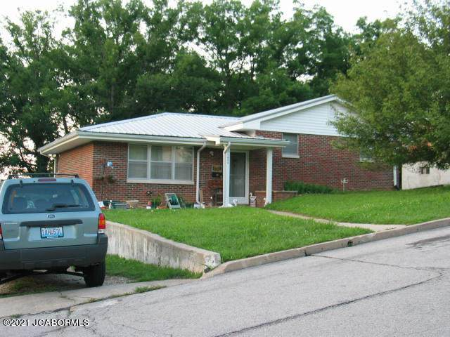 1808 Swifts Highway, Jefferson City, MO  (MLS #10059805) :: Columbia Real Estate