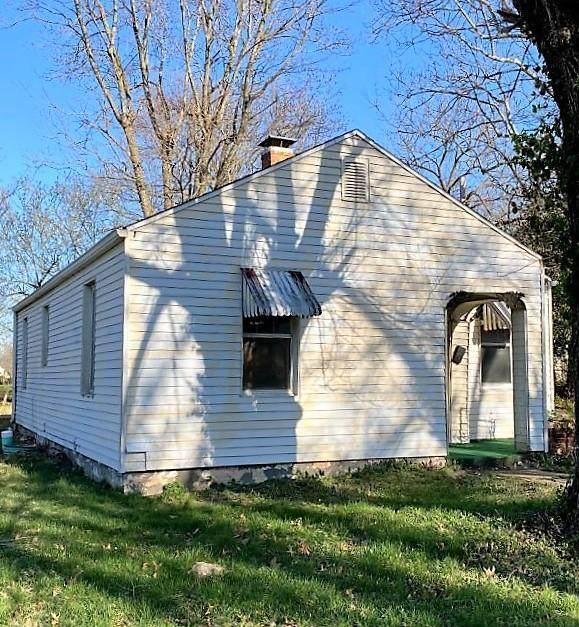 512 S Burke Street, Versailles, MO  (MLS #10060358) :: Columbia Real Estate