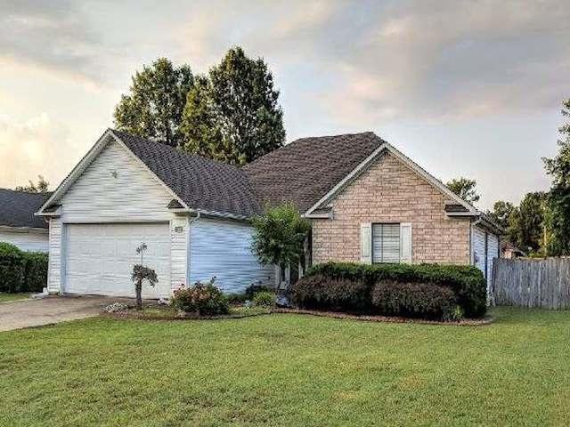 2105 Sandbrook, Jonesboro, AR 72401 (MLS #10075278) :: REMAX Real Estate Centre