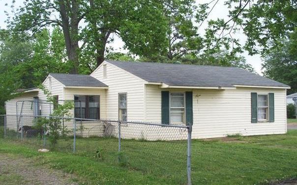 900 Mulberry, Trumann, AR 72472 (MLS #10077209) :: Halsey Thrasher Harpole Real Estate Group
