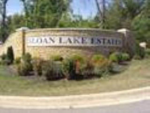2010 Sloan Lake Drive, Jonesboro, AR 72401 (MLS #10085366) :: Halsey Thrasher Harpole Real Estate Group