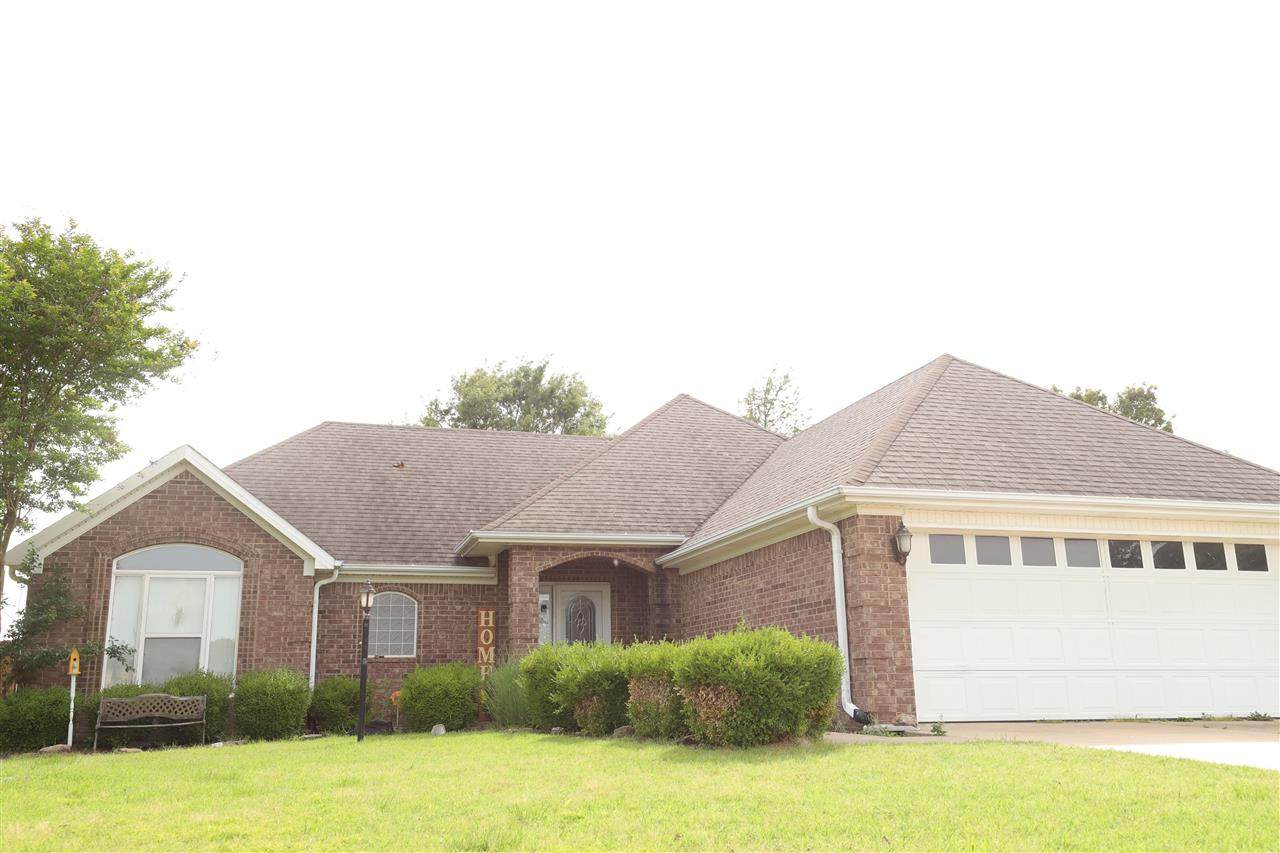 624 Country Club Terrace - Photo 1