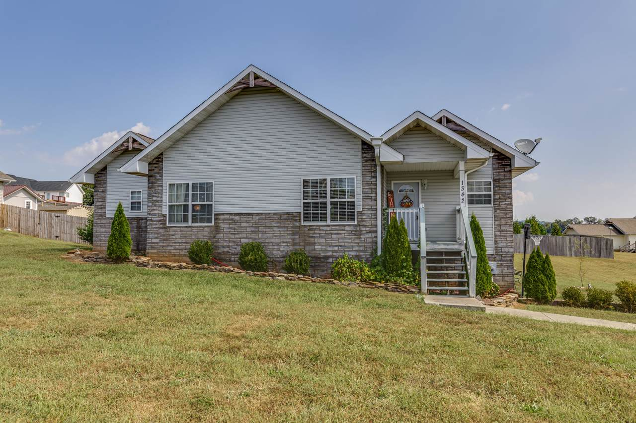1342 Hodges Bend Rd - Photo 1