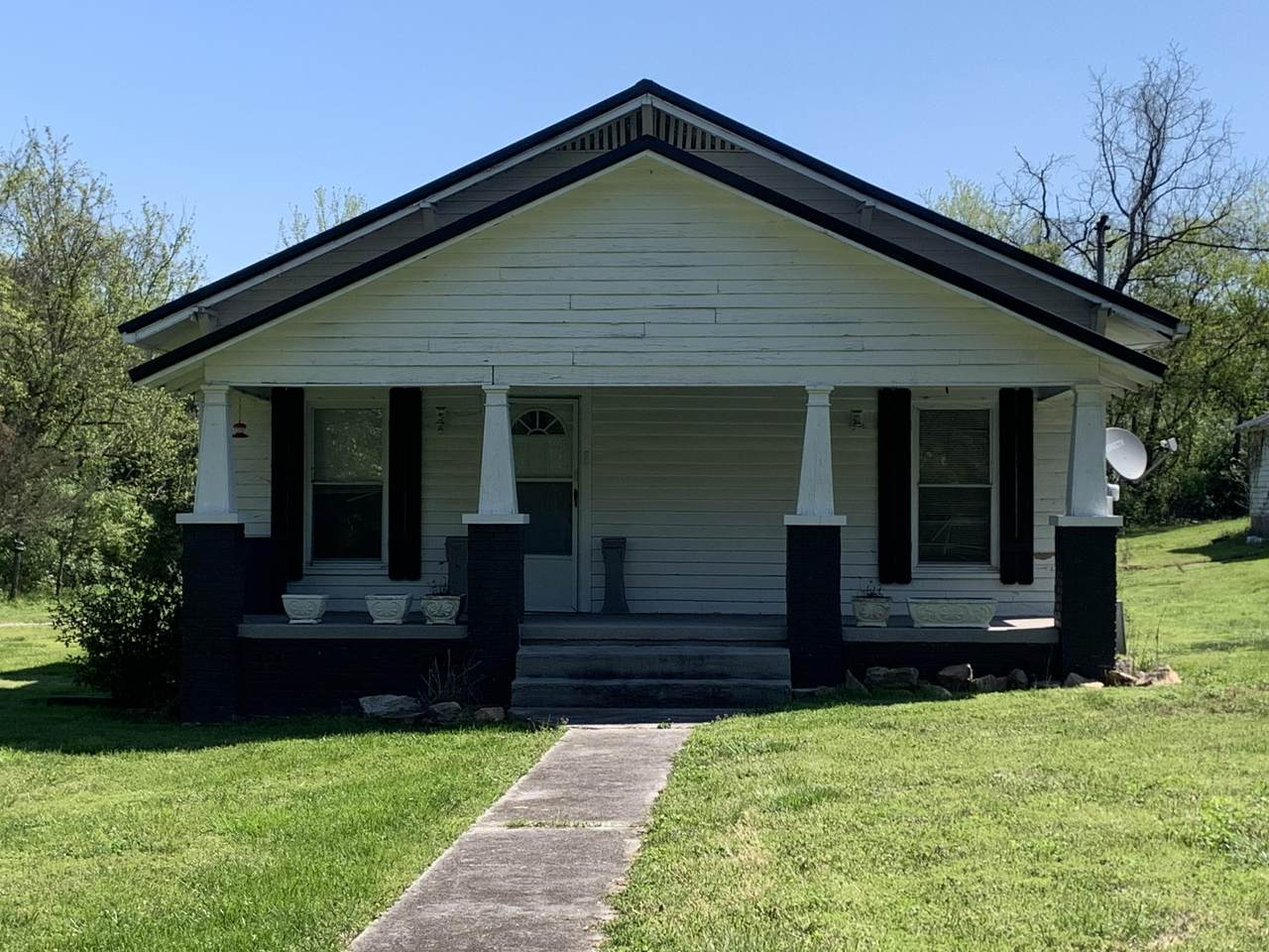 8904 Sevierville Pike - Photo 1