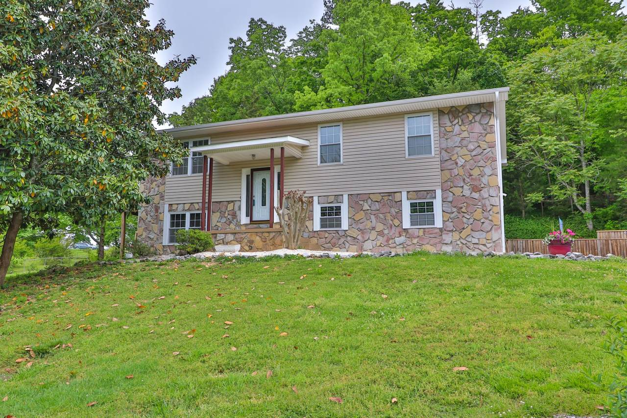5700 Wooded Acres Drive - Photo 1