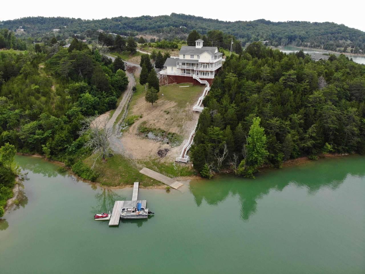 1092 Harbor Point Drive Drive - Photo 1