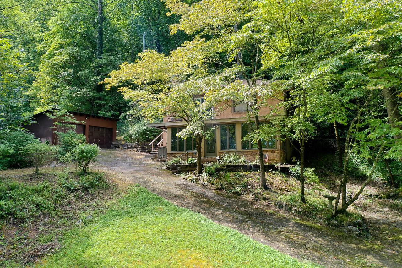 1220 Old Cades Cove Rd - Photo 1