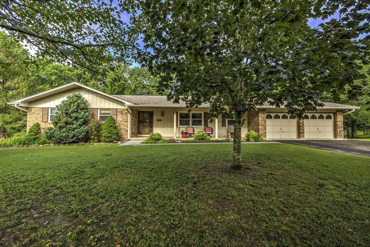7329 Chartwell Rd - Photo 1