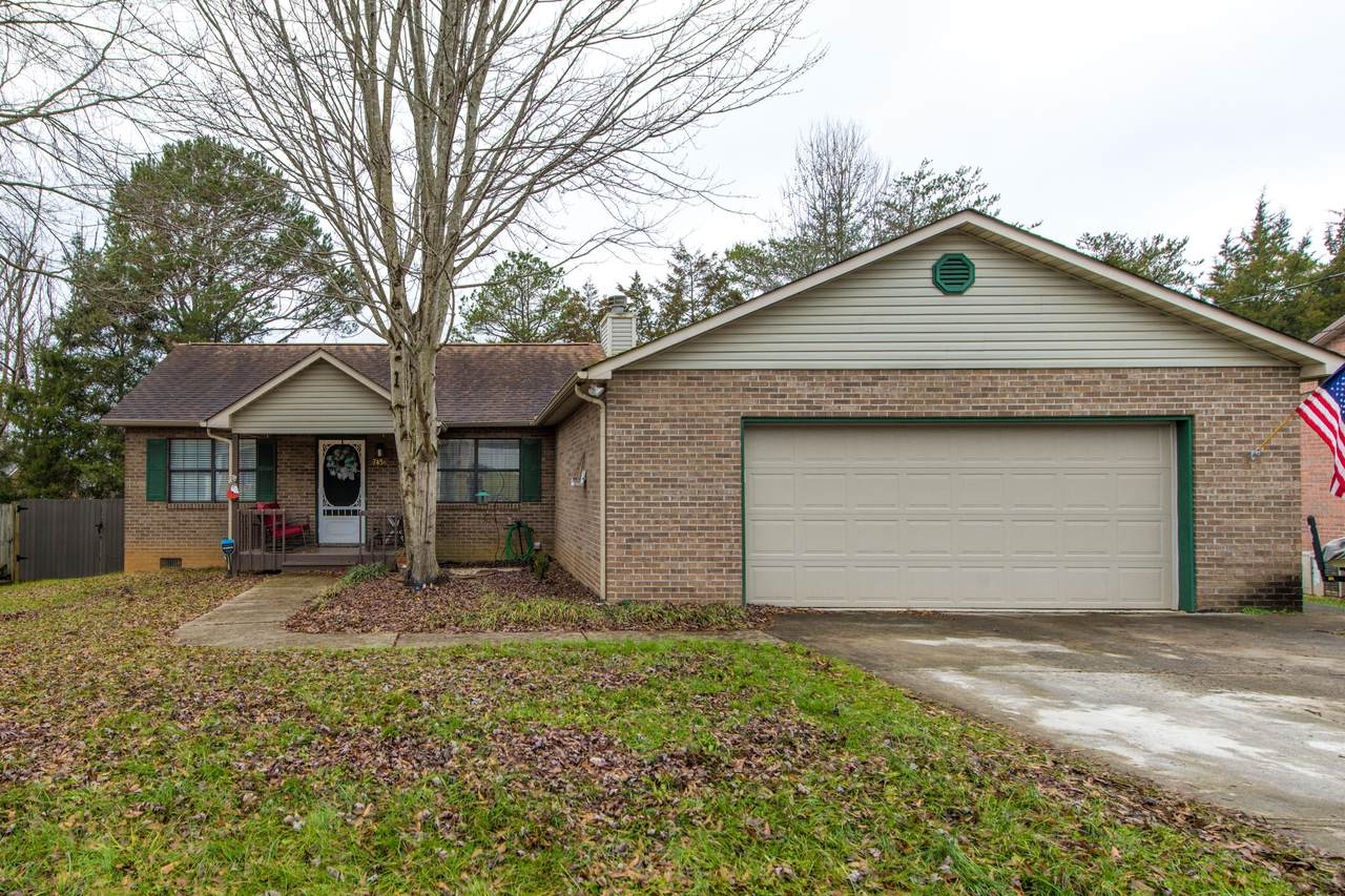 7456 Lyle Bend Lane - Photo 1