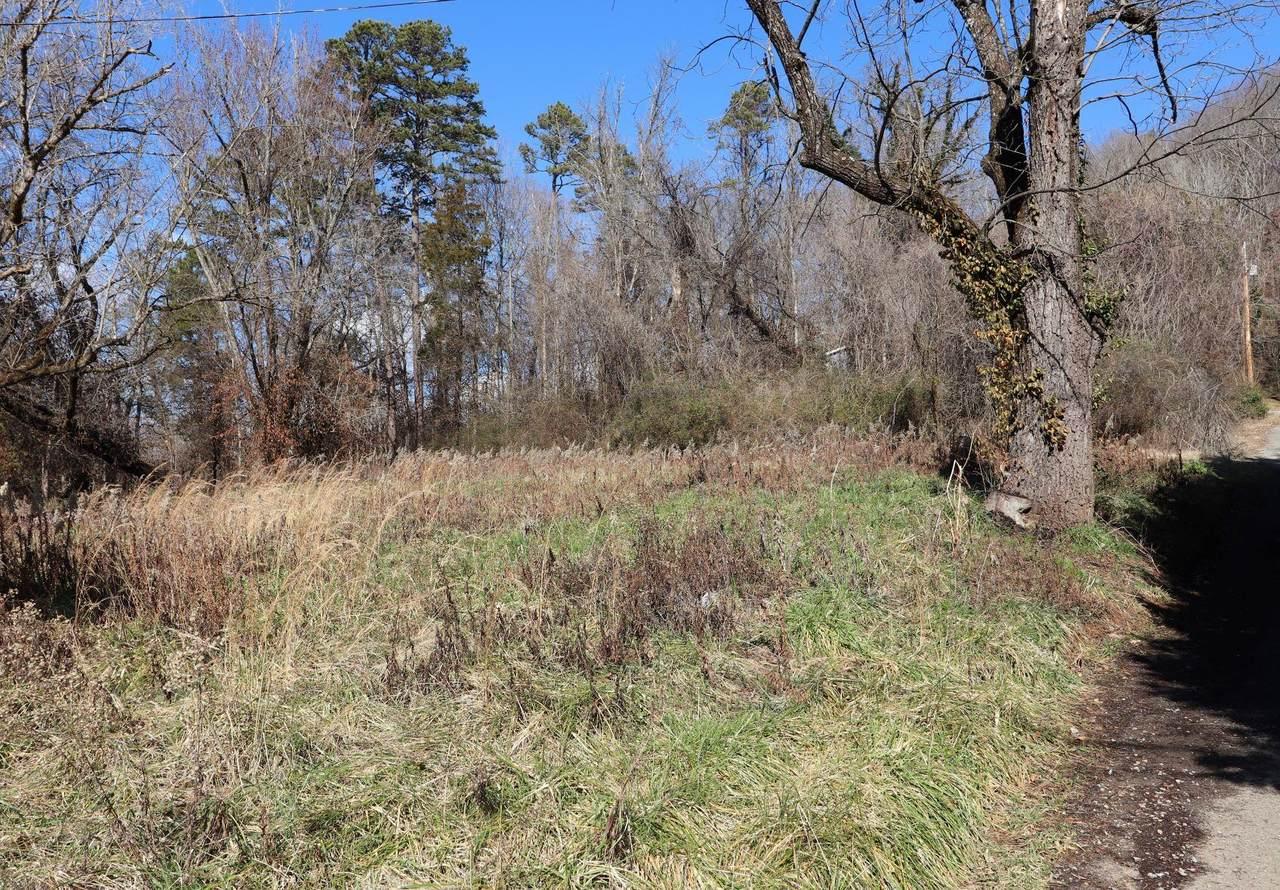 6557 Oak Ridge Hwy - Photo 1