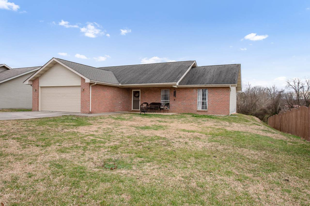2125 Autumn Oak Circle - Photo 1