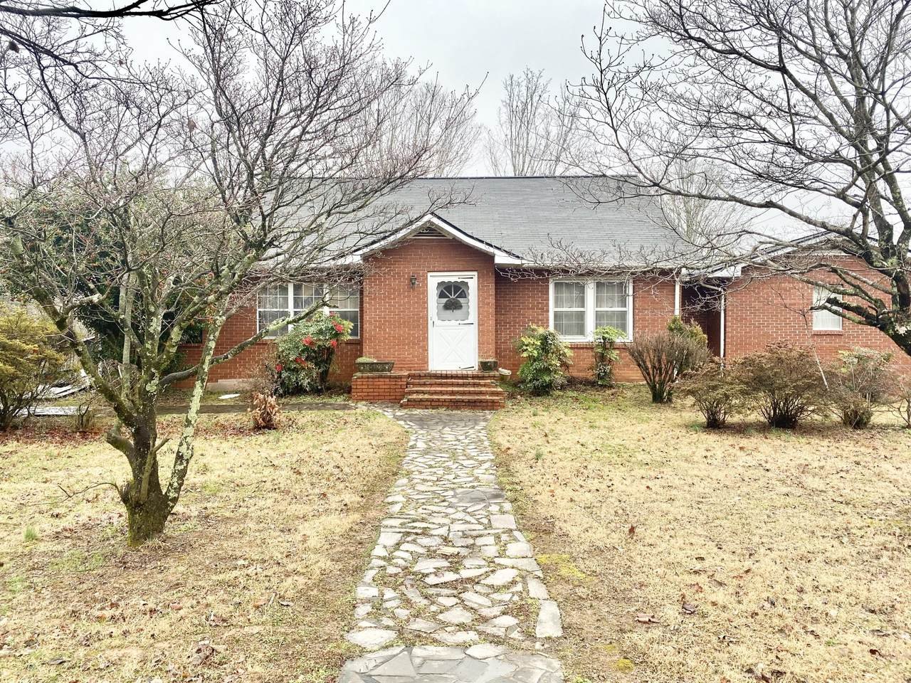 5718 Old Tazewell Pike - Photo 1
