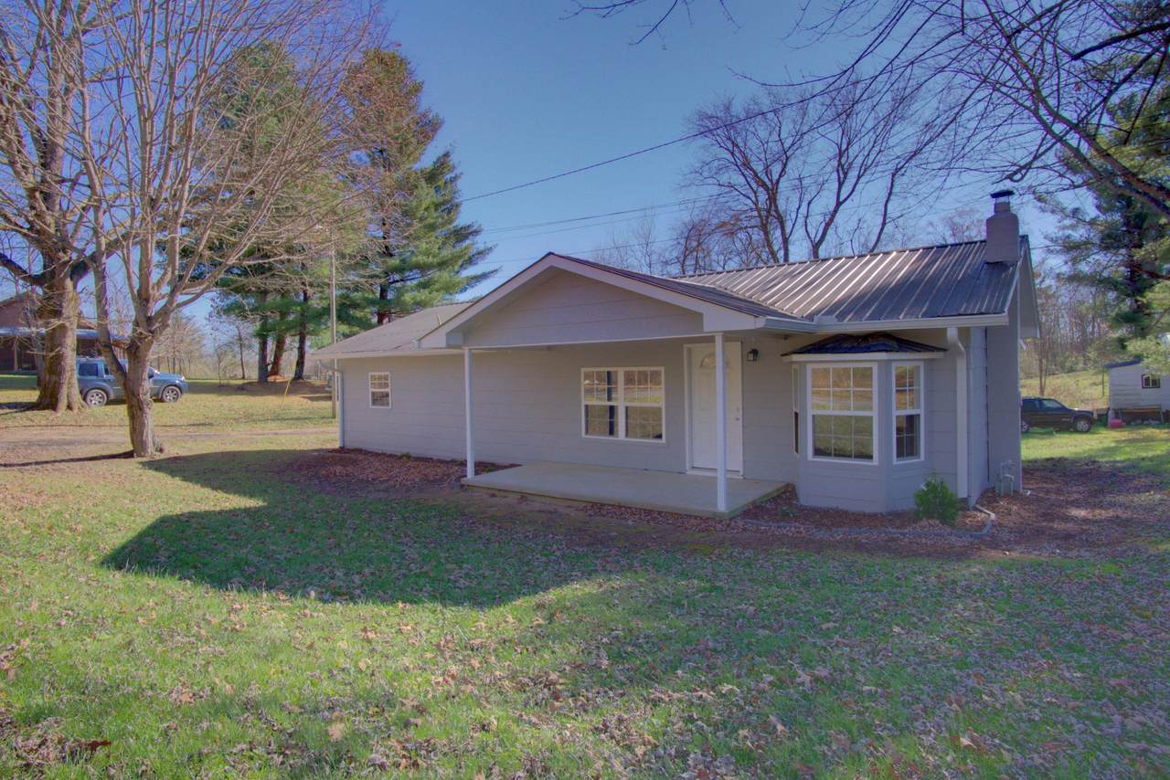 304 Pennycuff Ave - Photo 1