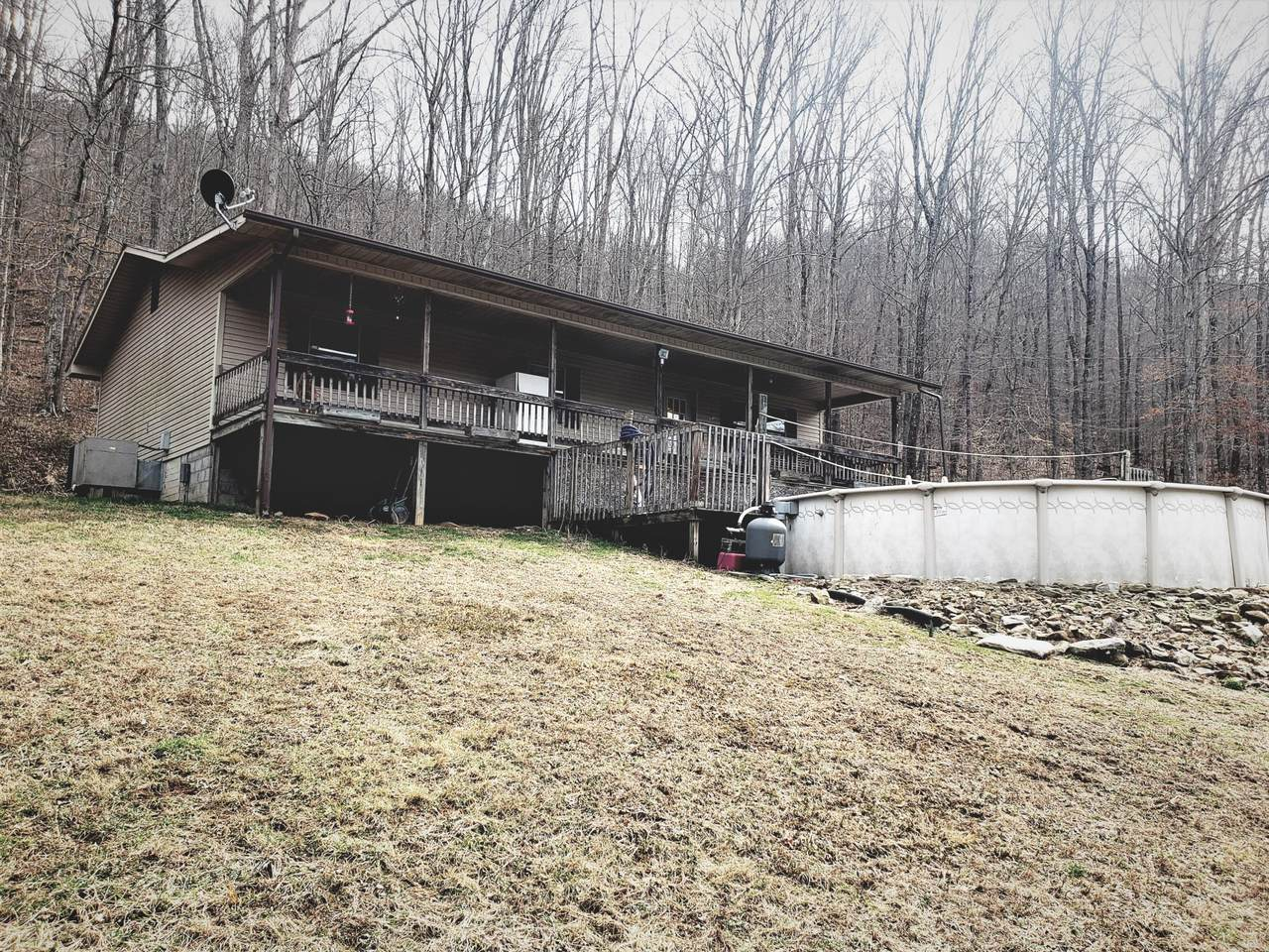 4698 Straight Fork Rd - Photo 1