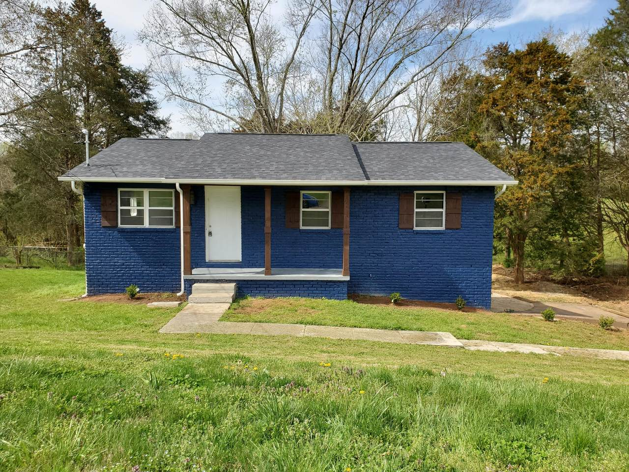 5825 Wilkerson Rd - Photo 1