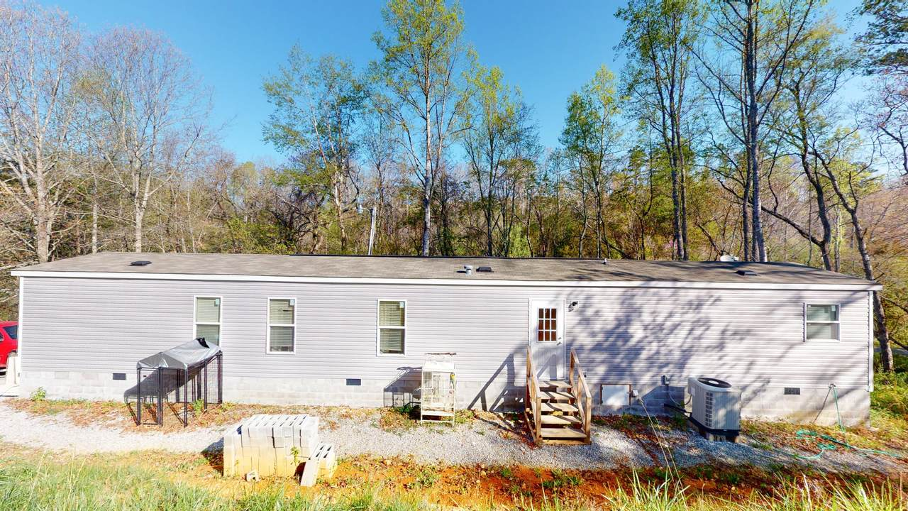 330 Edwards Hollow Rd - Photo 1