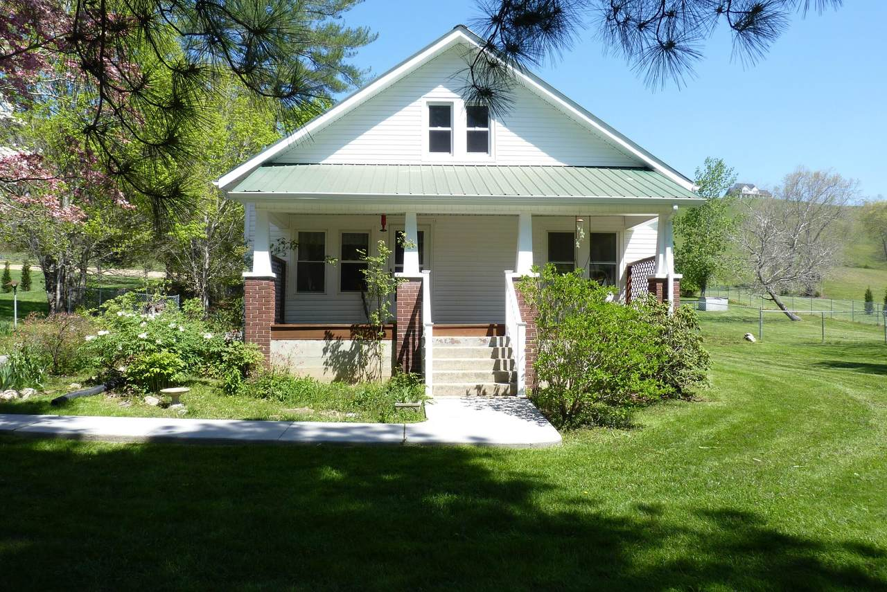 191 Walkers Ford Rd - Photo 1