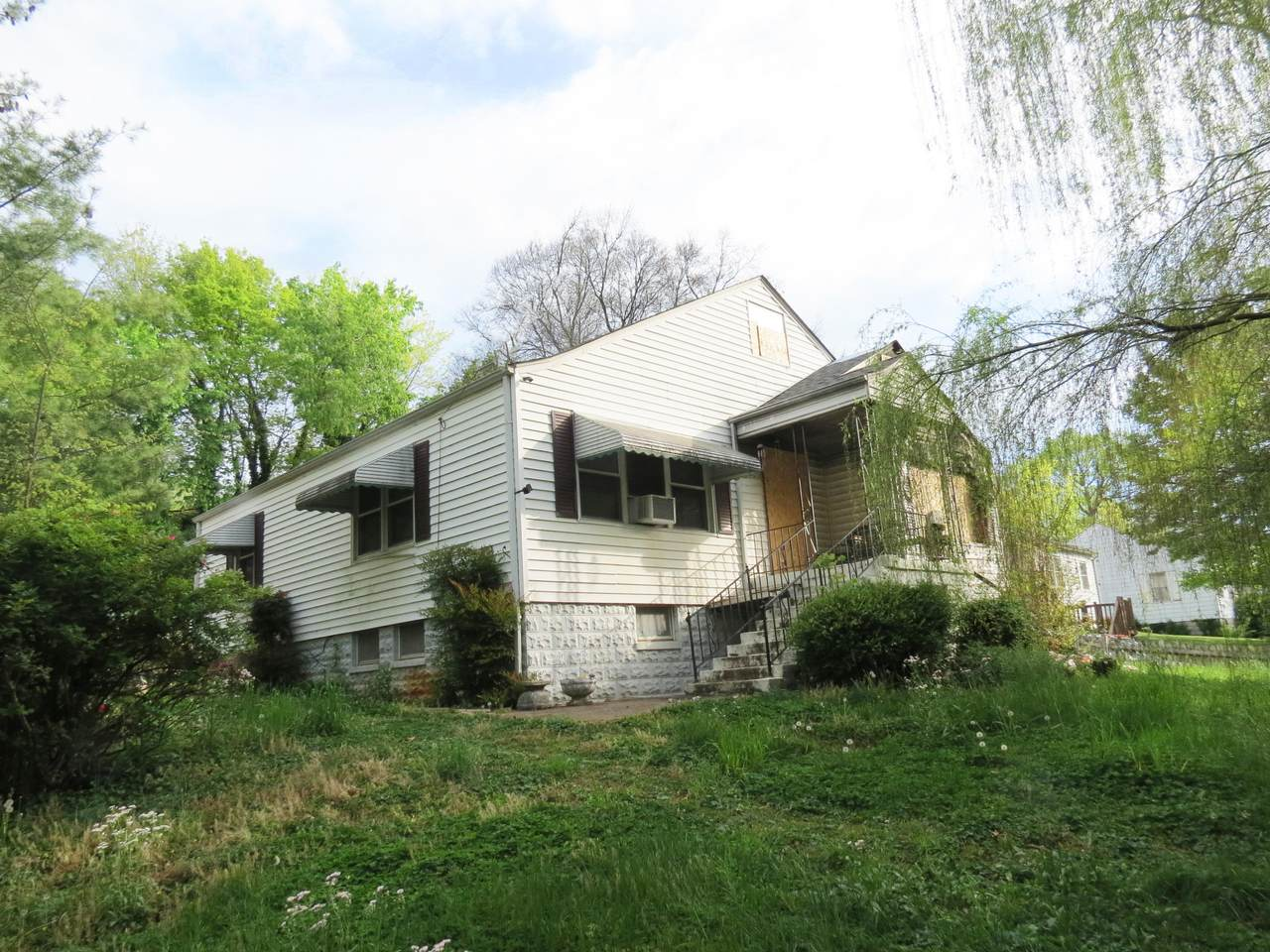 2505 Buffat Mill Rd - Photo 1