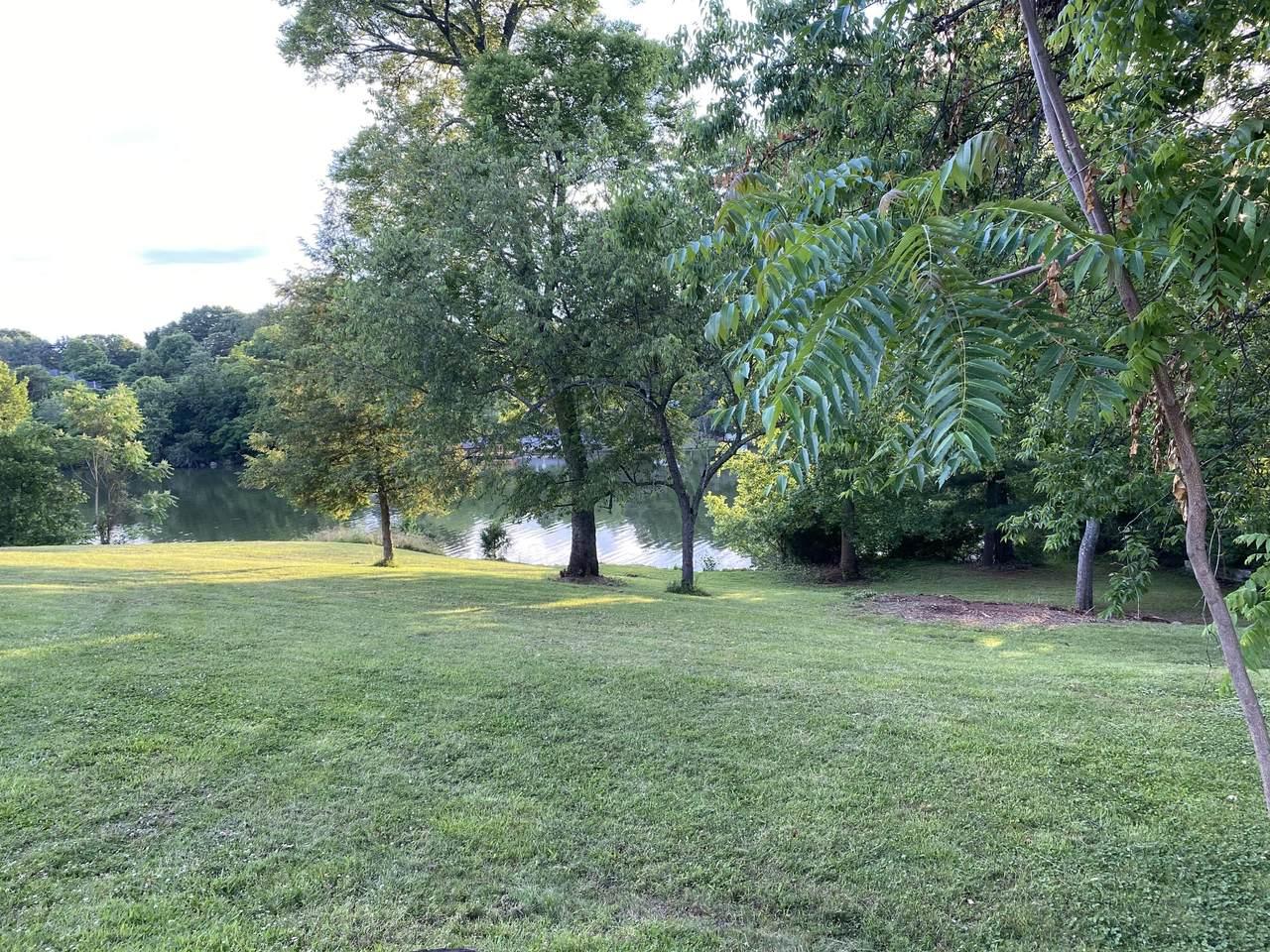 Concord - Photo 1