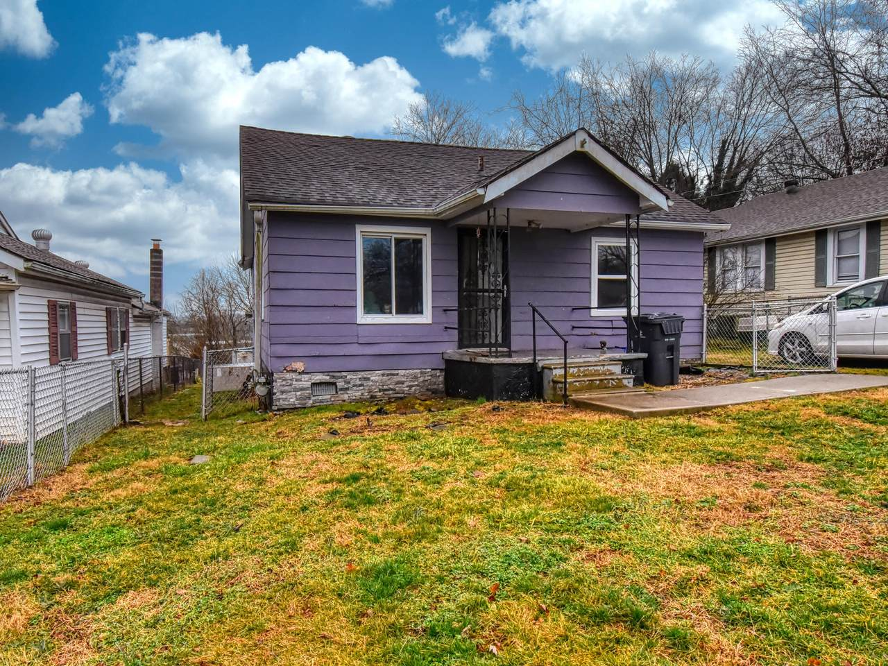 1618 Luck Ave - Photo 1