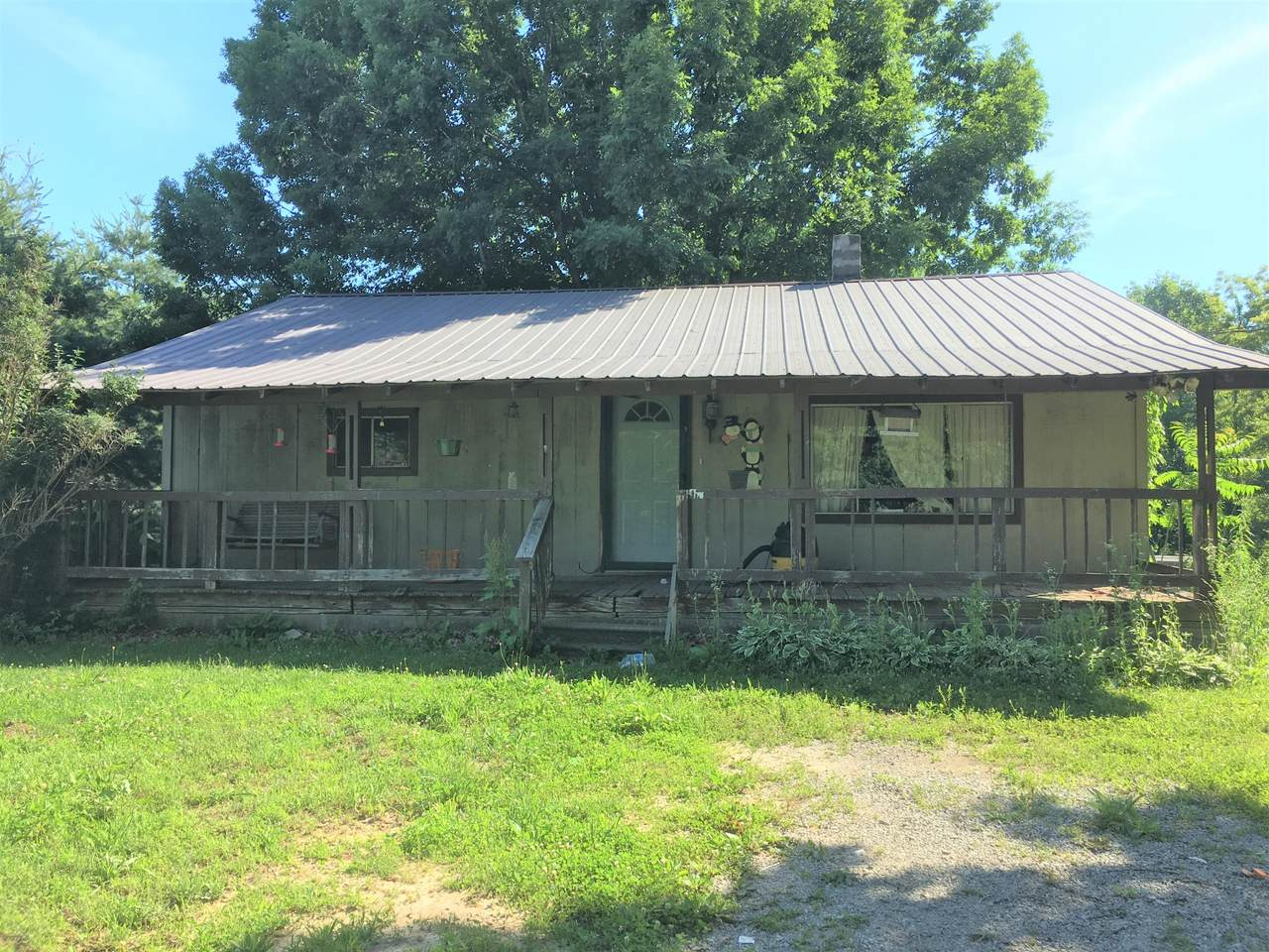 815 Yellow Cliff Rd - Photo 1