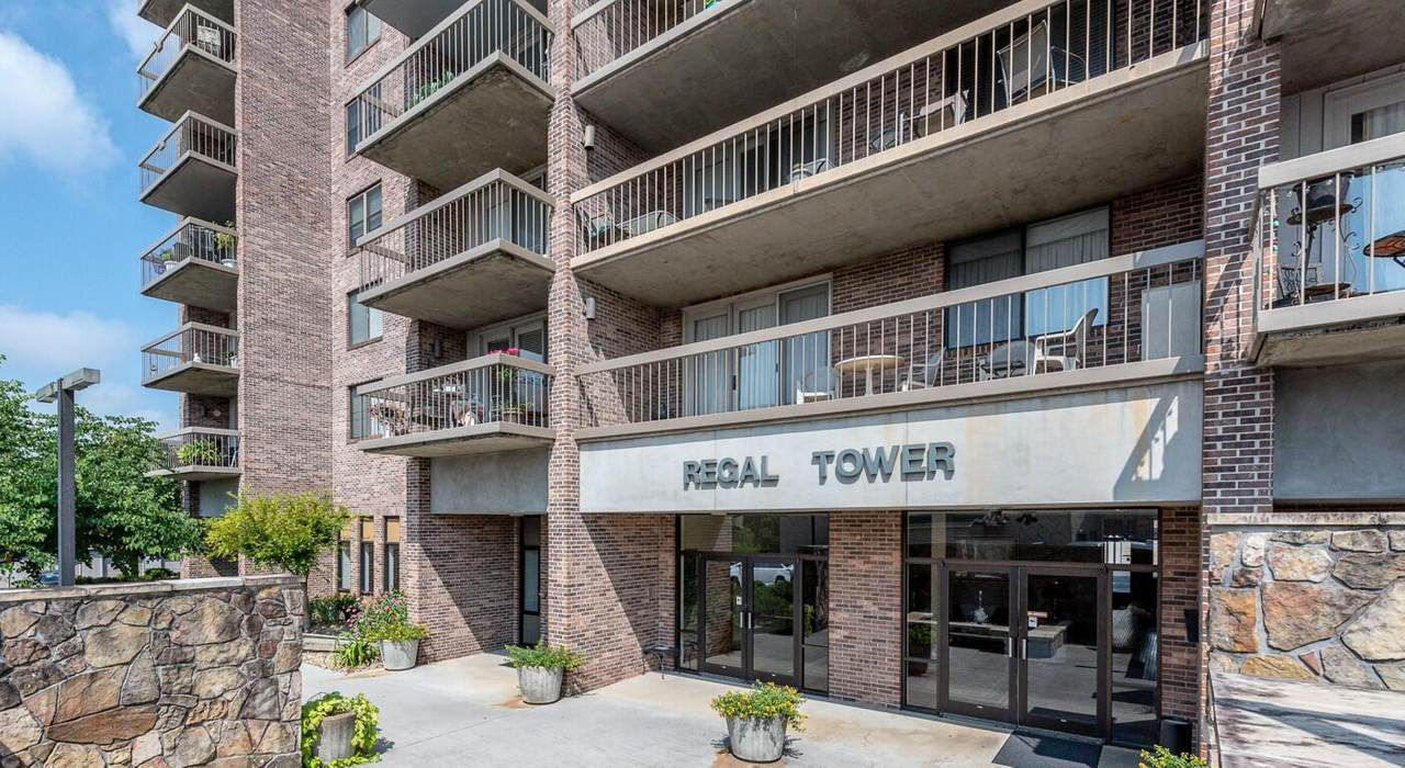 602 Regal Tower - Photo 1