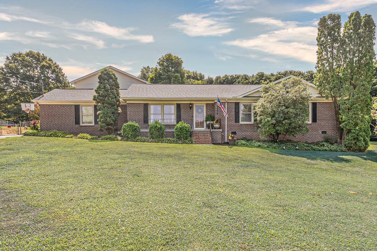 603 Lansdale Drive - Photo 1