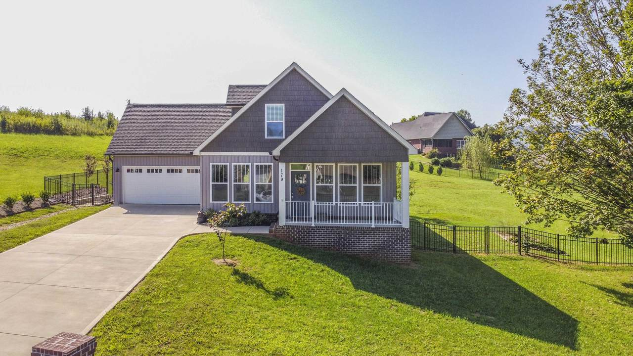 179 Settlers Pointe Circle - Photo 1
