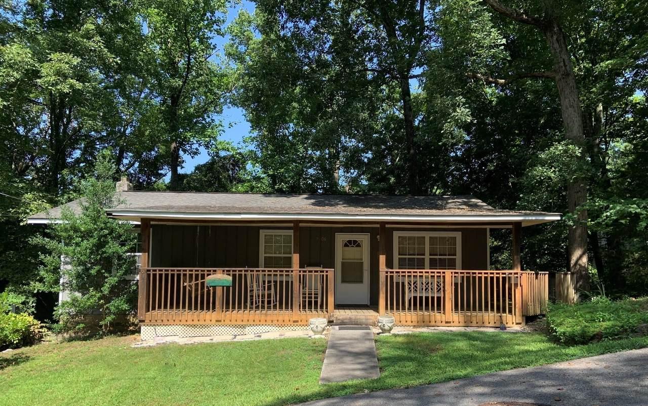 2106 Hickory Manor Rd - Photo 1